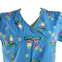 Dickies Frogs It's Easy Being Green Small Scrub Top - $16.56