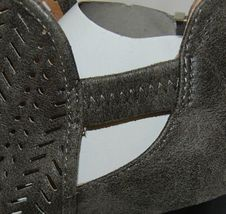 Qupid Maze125 Grey Distress Pu Closed Toe Block Heel Ankle Boots Size 6 image 6