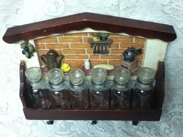 Vintage, Made in Japan, 6pc Glass Spice Jars with Figural Wooden Rack - $687,91 MXN