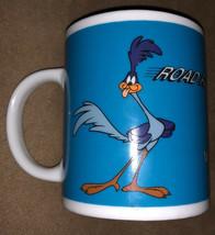 Salton Looney Tunes 1997 Mug Road Runner & Wile E. Coyote VGC.  D - $24.75