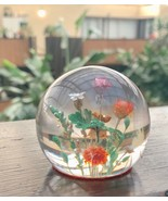 "VINTAGE LUCITE PAPERWEIGHT WITH DRIED WILD FLOWERS - SMALL 1.75"" TALL - $19.80"