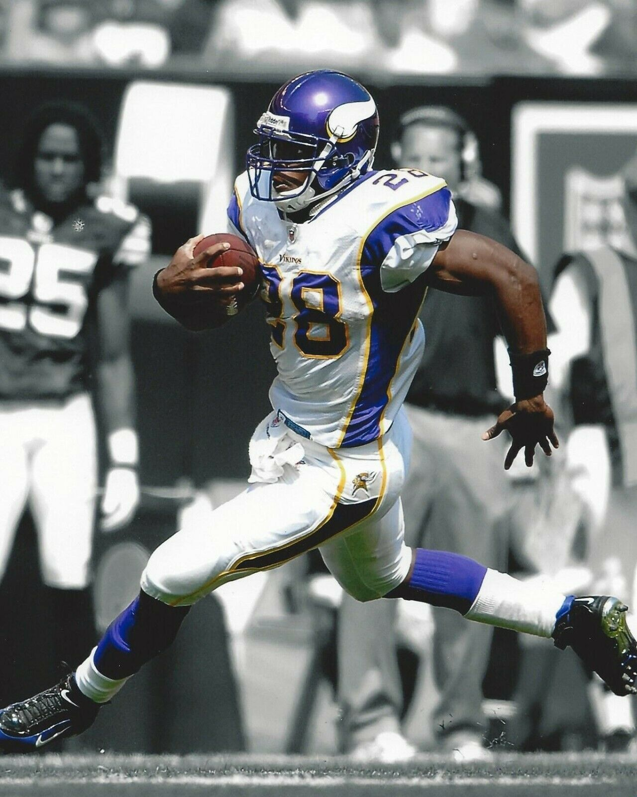 Primary image for ADRIAN PETERSON 8X10 PHOTO MINNESOTA VIKINGS PICTURE GAME ACTION