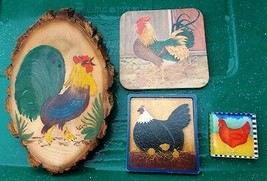 ~ VINTAGE RUSTIC ROOSTERS MIXED LOT ~ WOOD ROOSTER PLAQUE, Coaster & 2 M... - $12.00