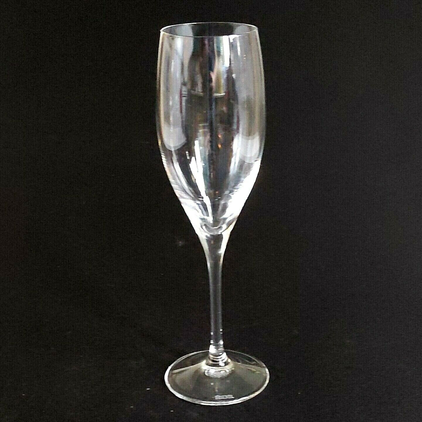2 (Two) RIEDEL VINUM Lead Free Crystal Fluted Champagne Glass - Signed image 3
