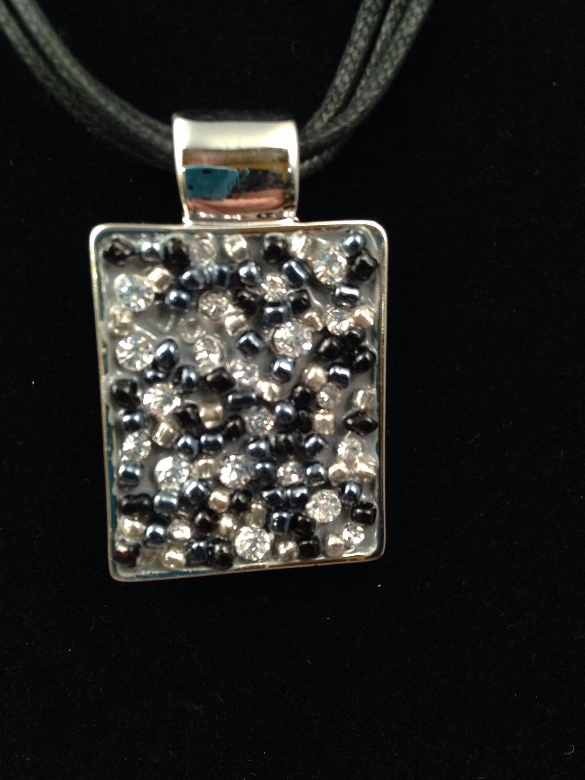 New Cookie Lee Necklace w/ Sparkley Black / White Pendant on Fabric Chain