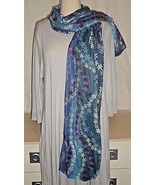 GG9 Blue SCARF with 4 colors of SNOWFLAKES in long-wearing viscose. Sz 7... - $12.82