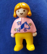 Vtg 1990 Geobra Playmobil Figure Girl Child Bendable Yellow Shirt White Pants - $2.96