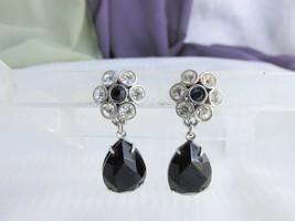 Vintage Clear & Black Rhinestone Tear Drop Earrings Silver Tone Clips - $7.91