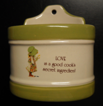 Holly Hobbie Kitchen Container 1981 Love Is A Good Cook's Secret Ingredient - $12.99