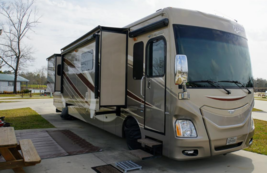 2015 Fleetwood Discovery 40e FOR SALE IN Bay ST Louis MS 39020 image 1