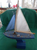 Great Collectible Wood SAILBOAT Model - $12.46