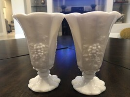 2 Tulip Ice Cream Sundae White Milk Glass Dessert Glasses Westmoreland - $14.85