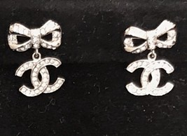 100% AUTH CHANEL 2018 Spring CC Crystal Bow Dangle Drop Earrings LIMITED EDT