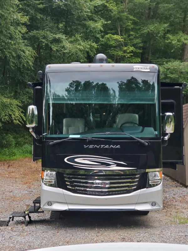 2017 Newmar Ventana 4310 for sale by Owner - Mount union, PA 17066