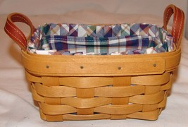 Longaberger Basket w/ Plaid Cloth Lining 2005 Signed Rectangle - $28.74