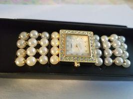 Modern Pearlesque Stretch Bracelet Watch image 4