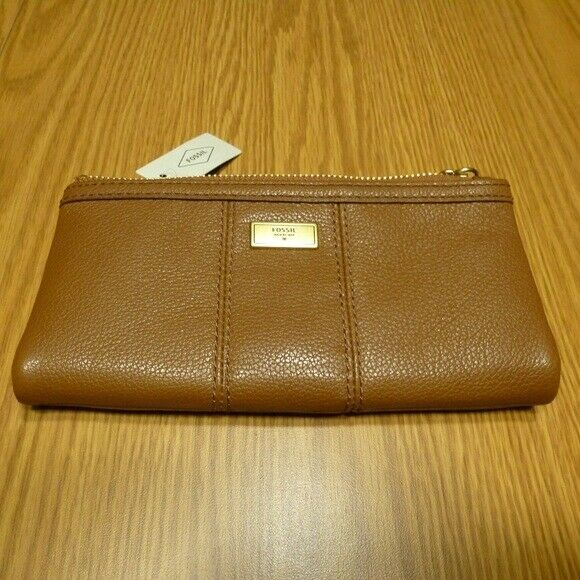 NWT Fossil Ella Medium Brown Pebble Leather Zip Clutch Wallet SWL1638210