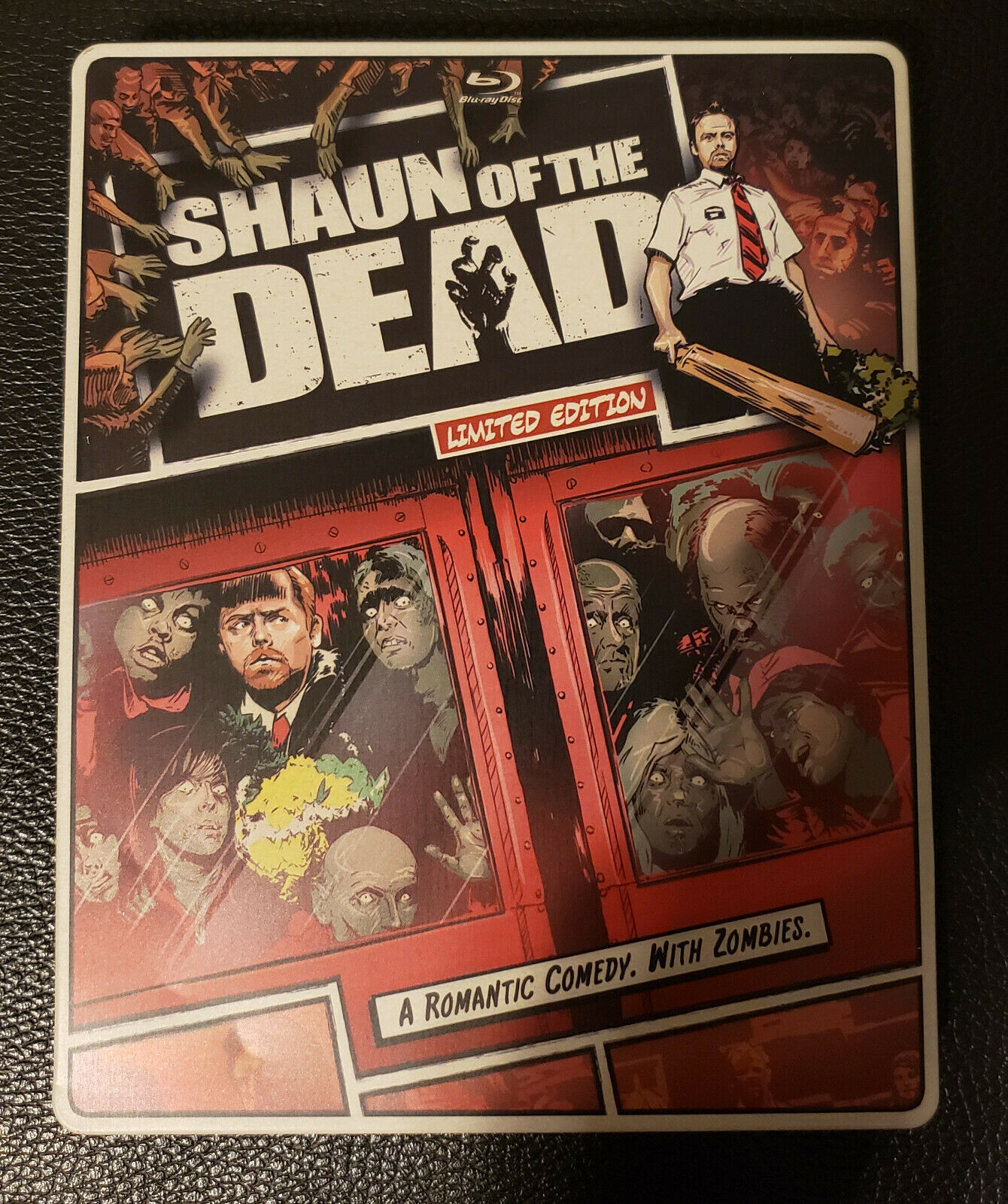Shaun of the Dead Steelbook (Two-Disc Blu-ray/DVD Combo) (2008)