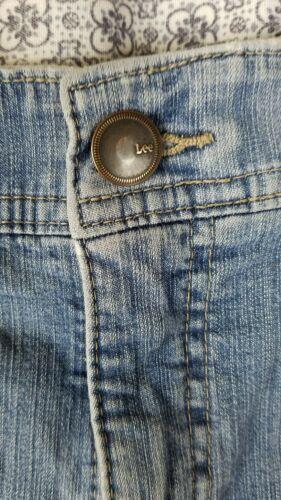 Lee women 8 high waist short jeans pants blue image 3