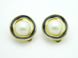 RICHELIEU Gold Tone Faux Pearl Black Enamel Clip Earrings Vintage - $18.21