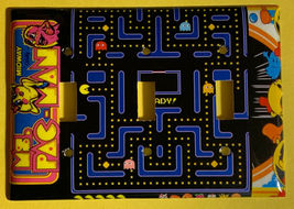 Pac-Man Pacman Games Light Switch Duplex Outlet wall Cover Plate Home Decor image 3