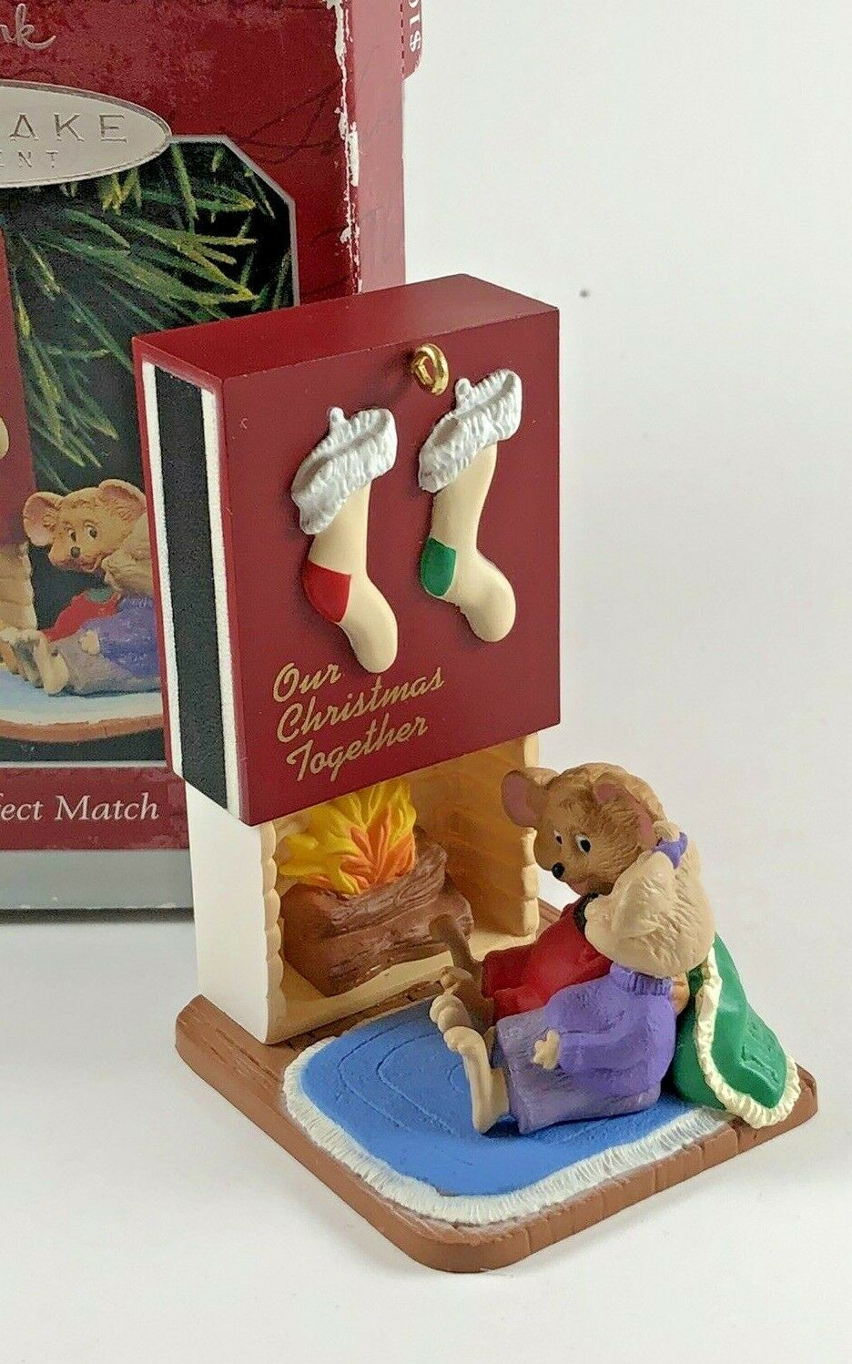 Primary image for hallmark keepsake ornament Collecting Memories A Perfect match Dated 1998 in Box