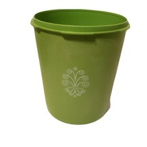 Tupperware Servalier Vintage Canister Green Apple #807-7 With No Lid Replacement - $7.02