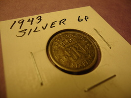 1943 British Silver Six Pence 6P **Combined Shipping** - $3.65