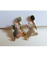 Gold tone metal cute bird chick charm design clip on earrings - $14.26