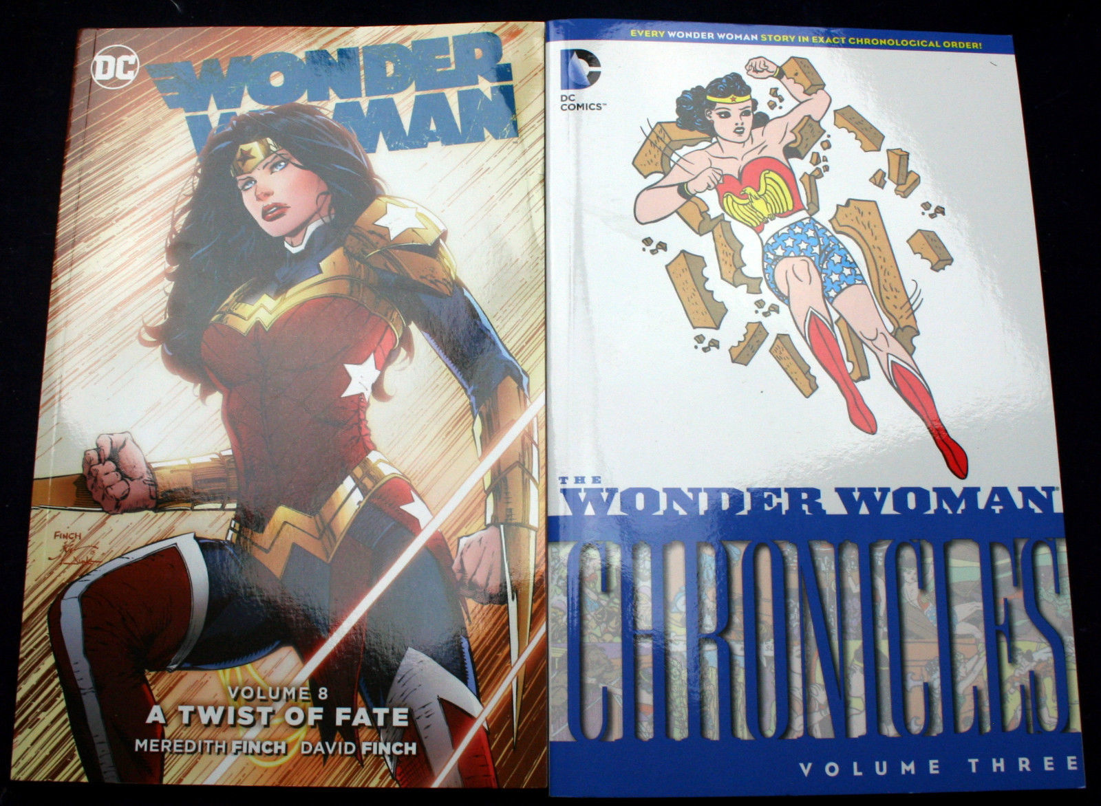 Lot 2 Wonder Woman CHRONICLES Vol. 3 1943 archives A TWIST OF FATE Finch Bros TP