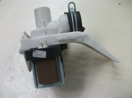Washer Drain Pump For Maytag Samsung P/N: 62902090 Used - $29.69