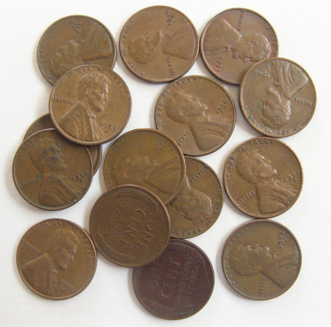 Twenty Two Wheat Pennies - Dated from: 1917 to 1958 - (sku#4947) - $9.39