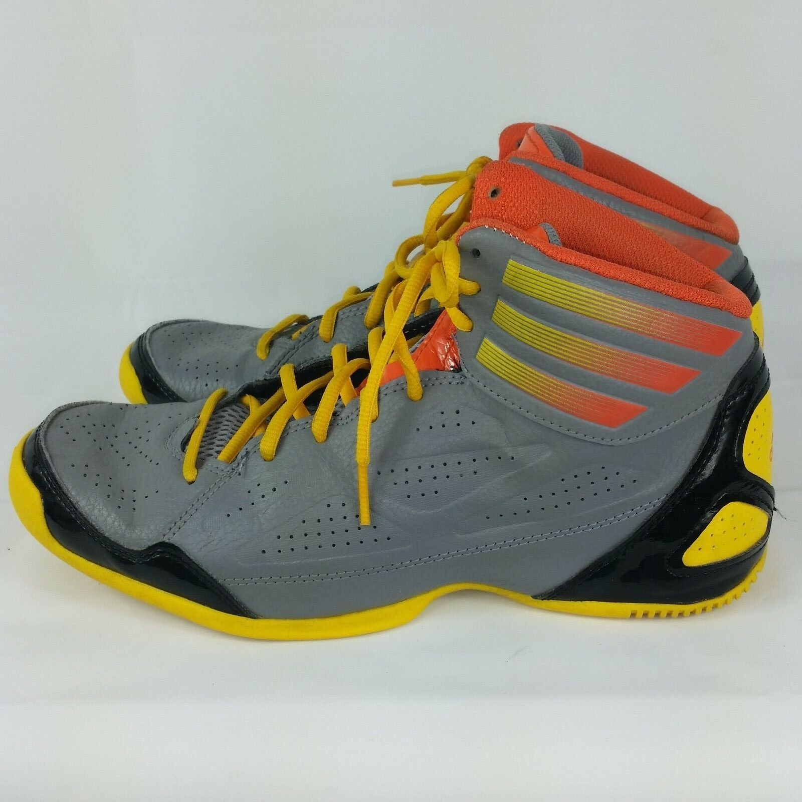 new style 702b4 73d24 preowned Adidas size 7 basketball shoe EUC next level speed high top youth