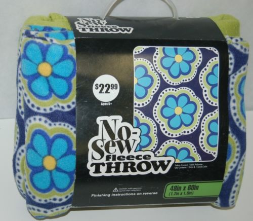 No Sew Fleece Throw Large Flowers Blue Green Colors 1 Hundred Percent Polyester