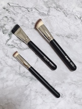 R&M 570 Foundation buffer slanted rounded shape synthetic handcrafted BR... - $12.50