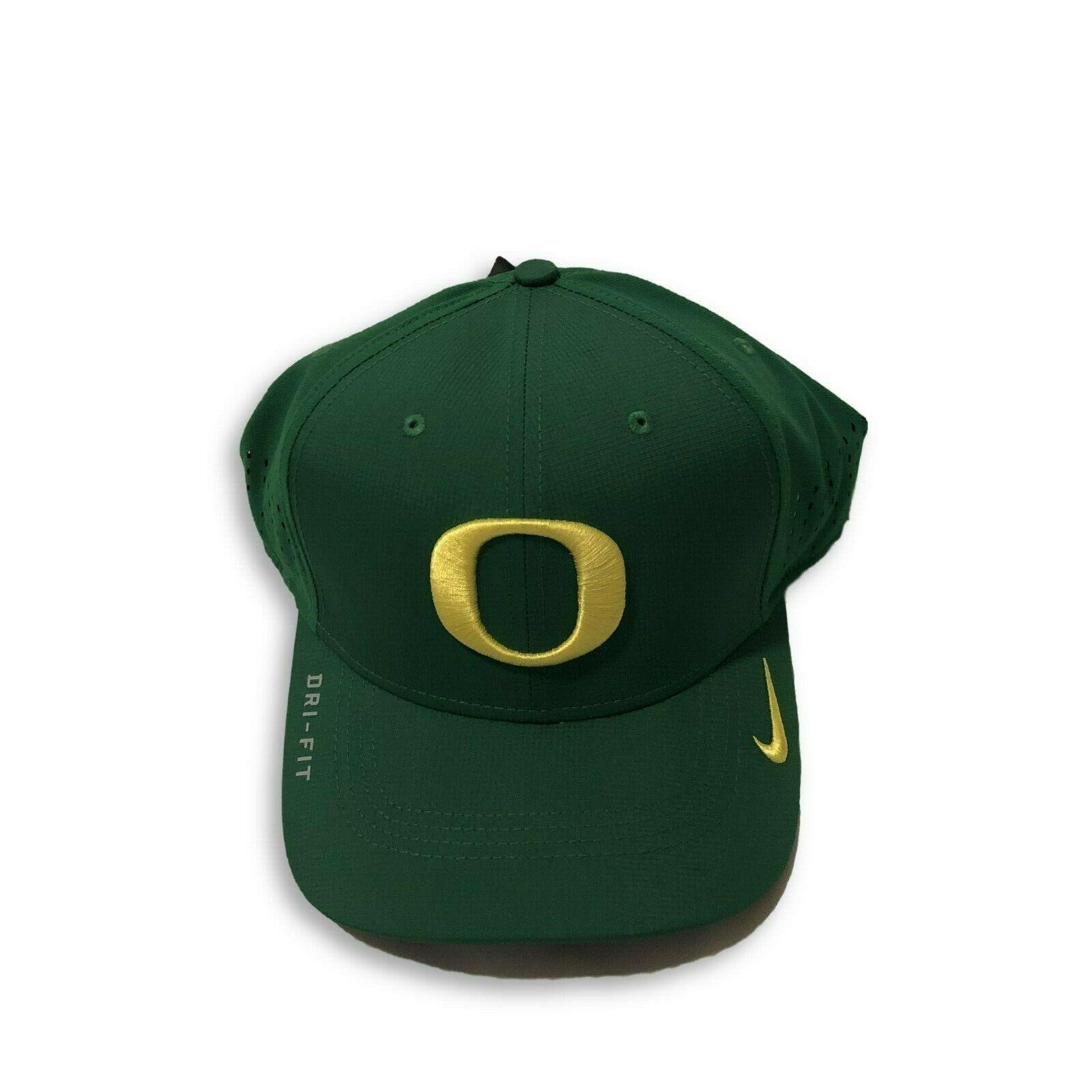 huge discount e0de4 91bc4 NWT New Oregon Ducks Nike Dri-Fit Vapor Sideline Apple Green Flex-Fit Hat -   27.67