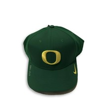 NWT New Oregon Ducks Nike Dri-Fit Vapor Sideline Apple Green Flex-Fit Hat - $27.67