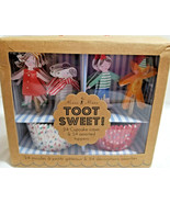 Meri Meri Toot Sweet Party Holiday Baking 24 Cupcake Cases & Toppers Dog... - $14.99