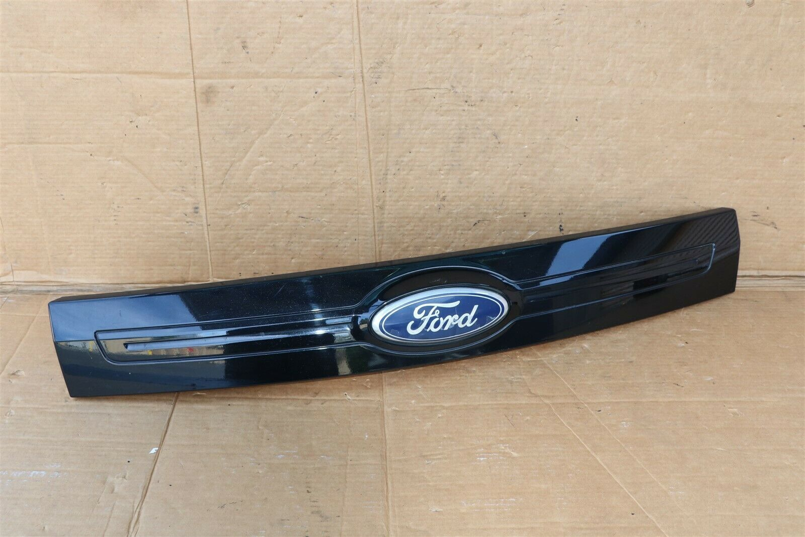11-14 Ford Edge Rear Liftgate Tailgate Hatch Handle Trim W/ Camera