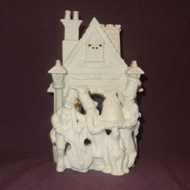 Bakery Carolers P7123 White Bisque Tealight Candle Holder Partylite Chri... - $14.99