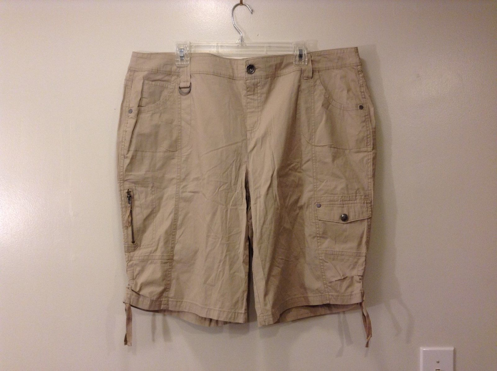 Woman Style and Co Tan Light Brown Shorts Sz 20W