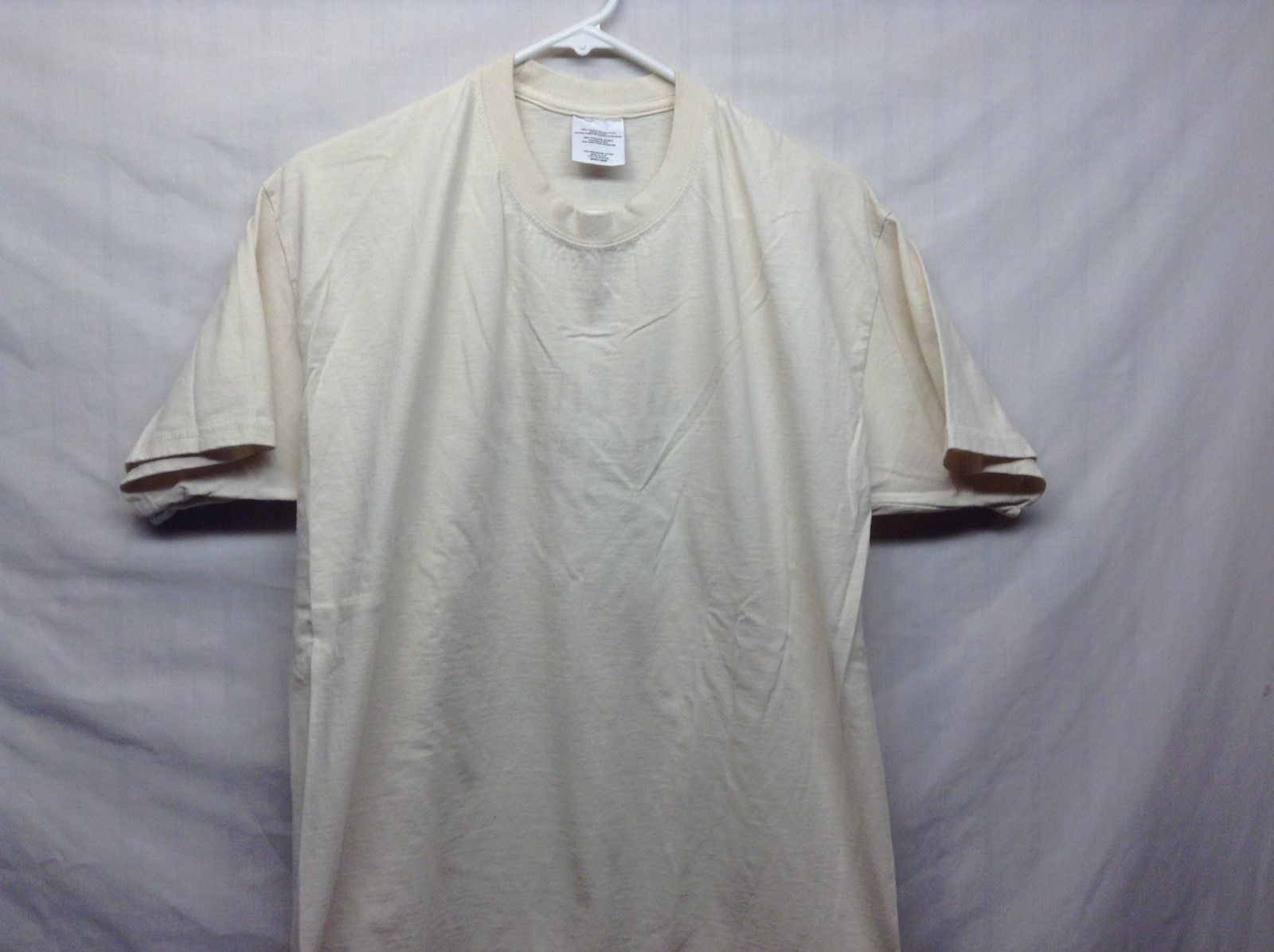 Like NEW Sandy Colored Med Weight Cotton T Shirt Sz LG