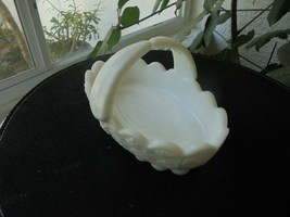 Westmoreland Milk Glass Oval Basket Bowl Signed - $11.88