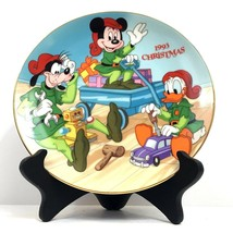 """Grolier Collectibles Christmas 1993 """"Santa's Workshop"""" Plate by Walt Dis... - $24.70"""