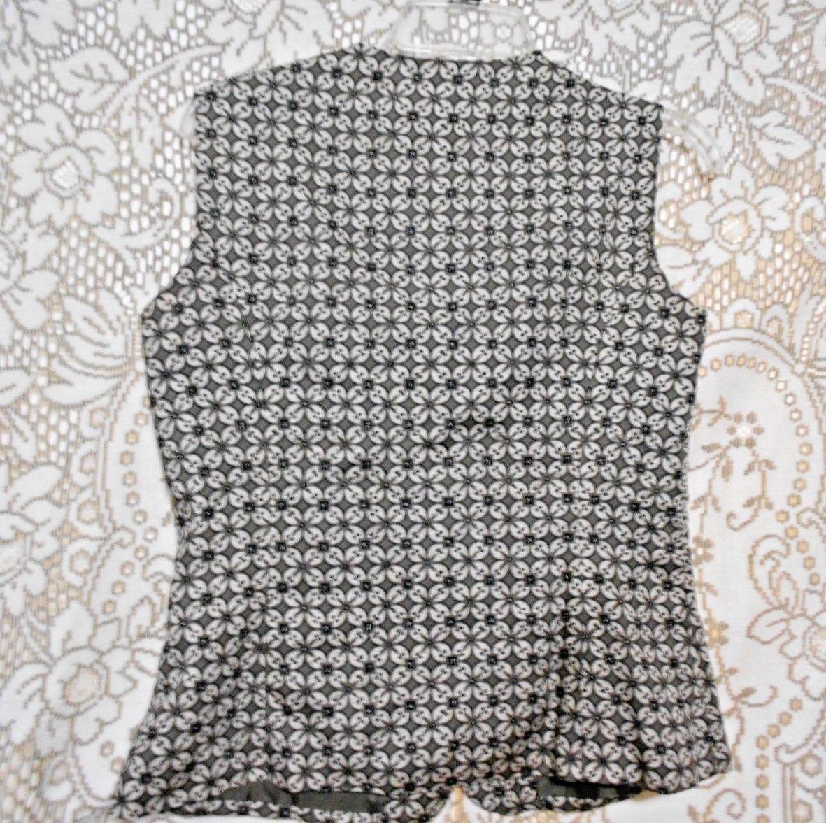 Pendleton Womens Sage Green Beige Black Size 6 Style Rayon Front Button Vest