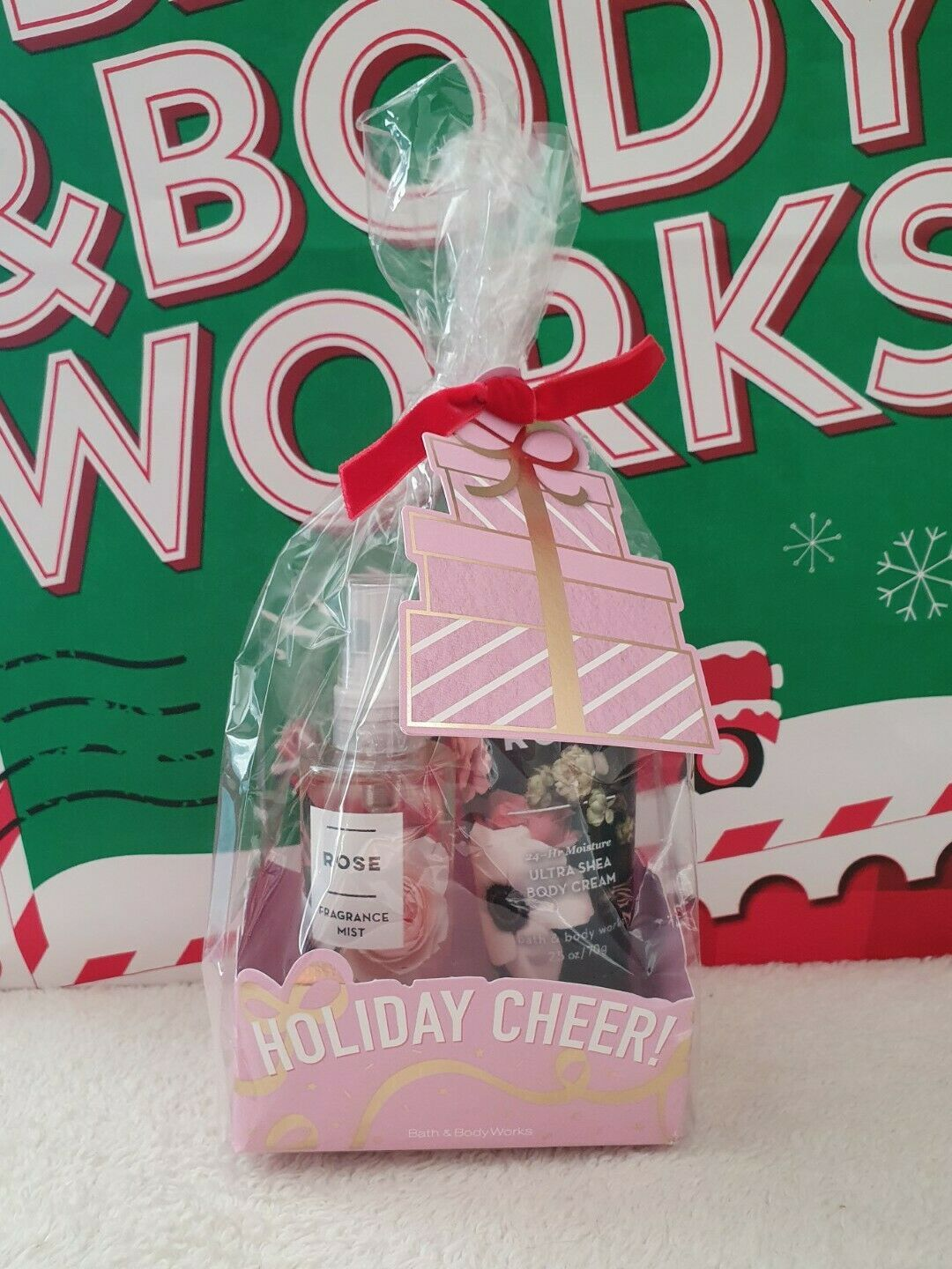 Primary image for New Bath & Body Works Holiday Cheer! ROSE Travel Size 2 Pc Gift Set