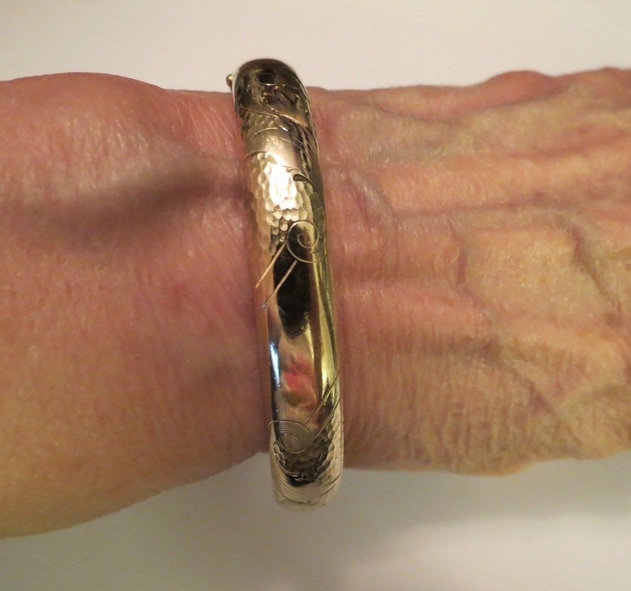 "Victorian Yellow Gold Filled Etched Bangle Bracelet Marathon 7.5"" Hinged Antique"