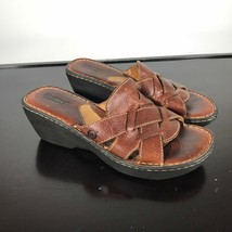 Born Women's Size 9  Brown grain Leather, Open Toe, Strappy Wedge Slide Sandals - $17.82