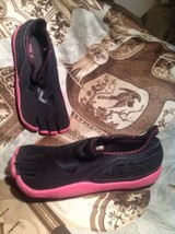 FILA SKELE-TOES WATER SHOES BLACK HOT PINK Wome... - $29.69