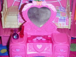 Heart Vanity w/Perfume Accessories fits Fisher Price Loving Family Dollh... - $14.84